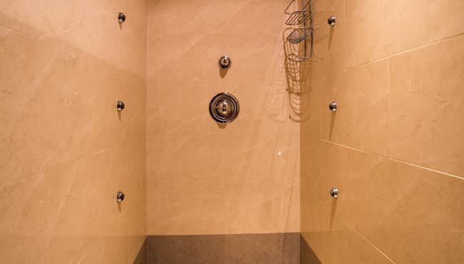 Shower, TLC room, Takaka accommodation